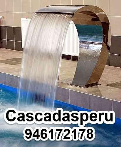 Cascadas artificiales para piscinas en acero inoxidable for Cascadas artificiales para piscinas