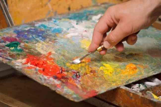 Aproveche y aprenda las mejores técnicas de Dibujo y Pintura .
