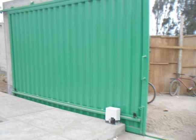 978267774, puertas seccionales ica, termas solares, puertas blindadas, barras antipánico