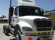 Vendo excelente remolcador freightliner2008