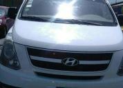 Vendo excelente minivan hyundai h1