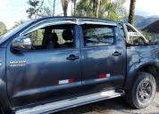 Linda toyota 4x4 hilux turbo interculer