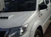 Camioneta hilux sr fabricacion 2013