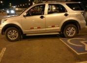 Linda camioneta 3 filas
