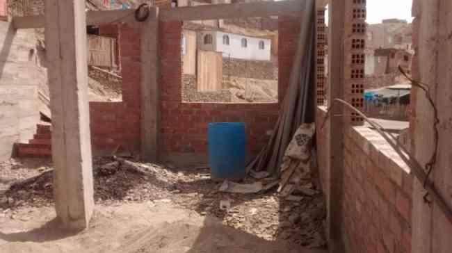VENDO TERRENO CONSTRUIDO EN PUENTE PIEDRA PARA TECHAR 100 M2