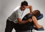 Centro de masajes de relajación y rehabilitación luz interior