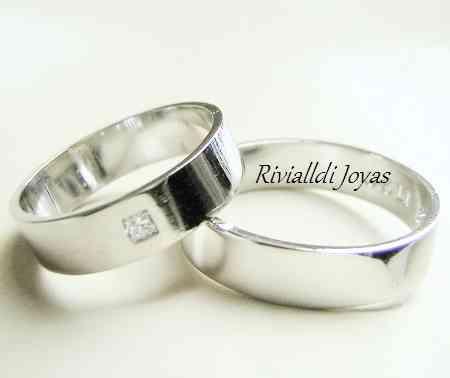 Aros matrimoniales en oro 18k