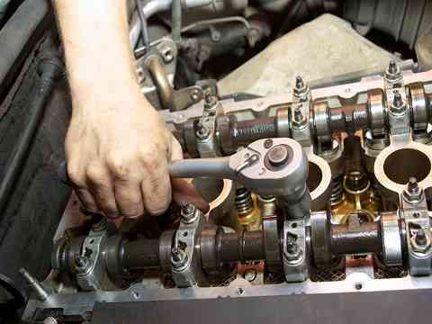 Reparación y mantenimiento de maquinaria pesada en general 4252269/997470736