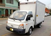 Servicio de transporte en camion con furgon de 2 toneladas