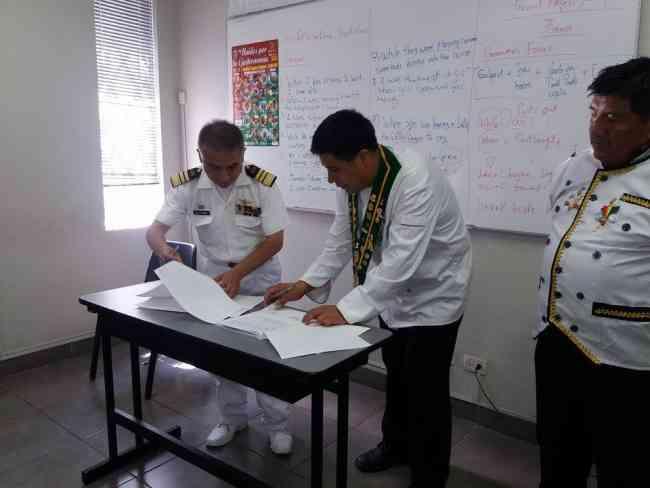 CESAREO VARGAS TRUJILLO, ASUME DIRECCIÓN ESCUELA NACIONAL DE CRUCEROS