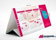 Calendario de mesa tipo triangulo