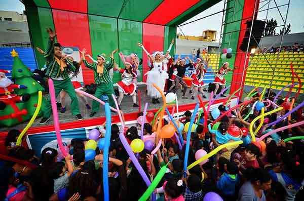Shows Navideños 991764117 - Empresas, nidos y colegios Clowns
