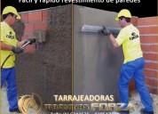 Lanzadora de mortero para revoque de paredes