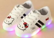 Zapatillas con diseño para niñas hello kitty s/.69