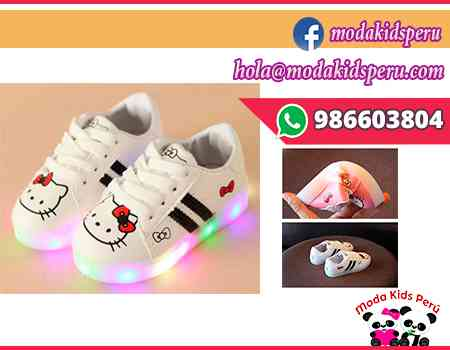Zapatillas blancas Hello Kitty muy flexibles s/69