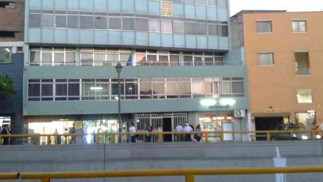 ALQUILO OFICINA EN EL CENTRO DE LIMA