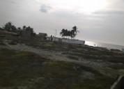 Terreno en venta en la playa de colan