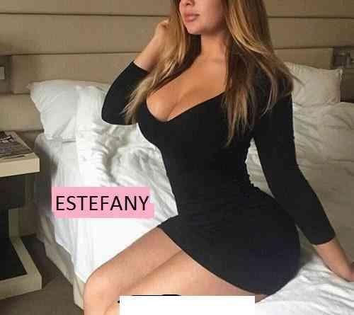 yomira sexy anfitriona de 19 añitos bella encantadora dama de compañia solo a hoteles de huanuco