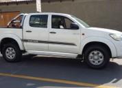 Toyota hilux 2015 4x4 d cabina gasolina lunas electricas 53000 kms cars