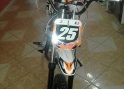 Se vende motocross mediana nueva