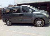 Hyundai minibus en lima