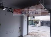 Puerta seccional con puerta incluida-silver