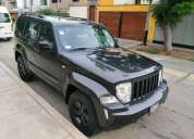 Jeep cherokee limited 2010 80000 kms
