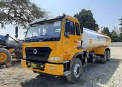 Camión cisterna para agua de 5,500 galones, torton