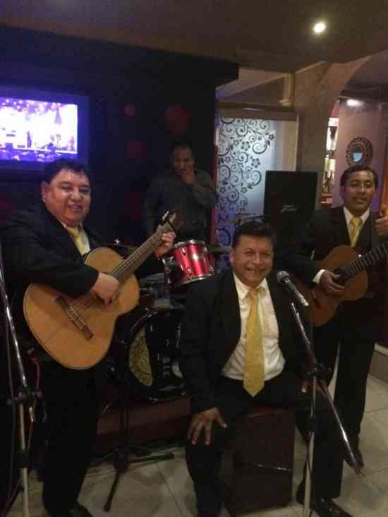 SHOW VIRTUAL regala musica criolla